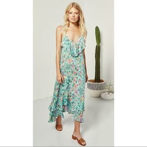 Spell and the gypsy sayulita dress. Large